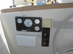engine instr panel and bow thruster up down
